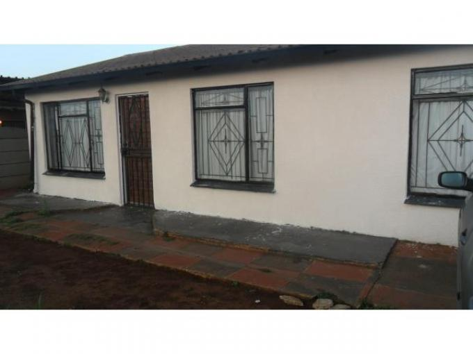 3 Bedroom House for Sale For Sale in Vosloorus - Home Sell - MR121499