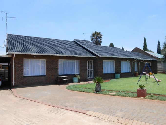 5 Bedroom House for Sale For Sale in Brakpan - Home Sell - MR121505