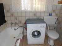 Bathroom 1 - 5 square meters of property in Brakpan