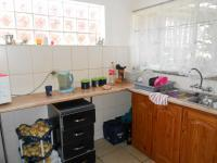Kitchen - 32 square meters of property in Brakpan