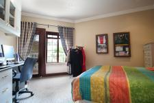 Bed Room 2 - 16 square meters of property in Woodlands Lifestyle Estate