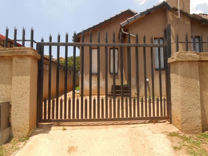 Standard Bank EasySell 3 Bedroom House for Sale For Sale in Naturena - MR121526