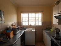 Kitchen - 7 square meters of property in Florida Lake