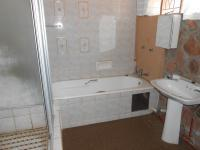 Bathroom 1 - 10 square meters of property in Roodeplaat