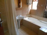 Main Bathroom - 27 square meters of property in Roodeplaat