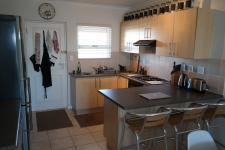 Kitchen - 9 square meters of property in Melkbosstrand