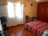 Main Bedroom - 16 square meters of property in Lotus Gardens