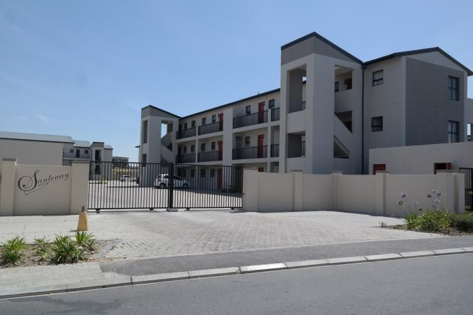 2 Bedroom Apartment for Sale For Sale in Burgundy Estate - Home Sell - MR121625