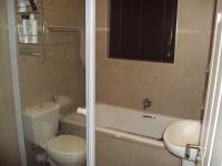 Bathroom 1 - 2 square meters of property in Burgundy Estate