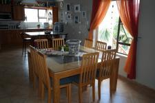 Dining Room - 28 square meters of property in Gordons Bay