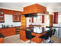 Kitchen - 61 square meters