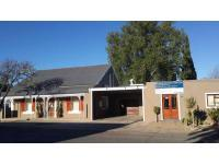 5 Bedroom 3 Bathroom House for Sale for sale in Beaufort West
