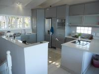 Kitchen - 16 square meters of property in Ballito