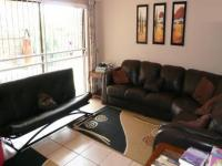 Lounges - 25 square meters of property in Faerie Glen