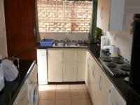 Kitchen - 15 square meters of property in Faerie Glen
