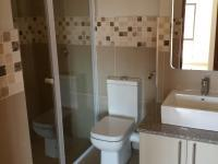 Bathroom 1 - 6 square meters of property in Pretorius Park