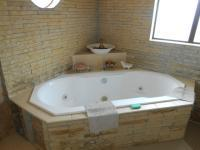 Main Bathroom - 6 square meters of property in Doornpoort