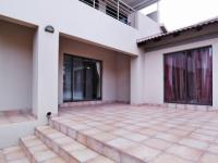 Patio - 71 square meters of property in The Wilds Estate