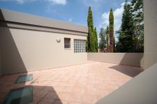 Patio - 194 square meters