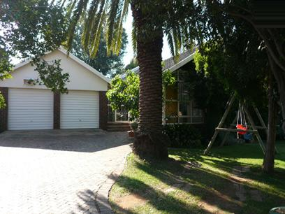 5 Bedroom House For Sale in Waterkloof Ridge - Private Sale - MR12201