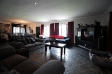 Lounges - 35 square meters of property in Six Fountains Estate