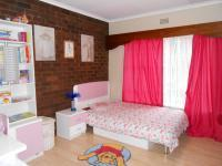 Bed Room 2 - 15 square meters of property in Sunward park