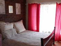 Bed Room 1 - 16 square meters of property in Sunward park