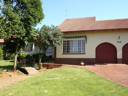 3 Bedroom House for Sale For Sale in Constantia Glen - Home Sell - MR12207