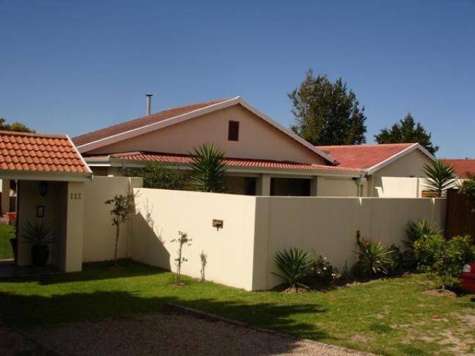 Standard Bank EasySell 5 Bedroom House for Sale For Sale in Plettenberg Bay - MR122088