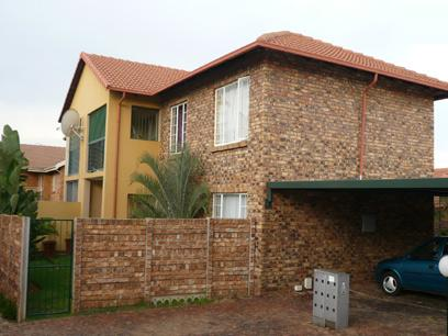 2 Bedroom Simplex for Sale For Sale in Highveld - Private Sale - MR12212