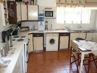 Kitchen - 23 square meters of property in Constantia Glen