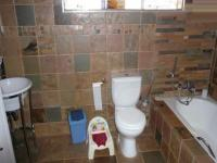 Main Bathroom - 8 square meters of property in Constantia Glen