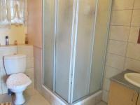 Main Bathroom - 5 square meters of property in Auckland Park