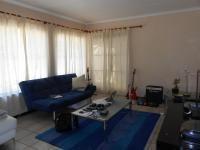 Lounges - 24 square meters of property in Sasolburg