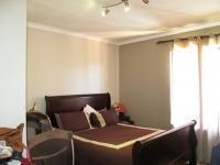 Main Bedroom - 14 square meters of property in Ferndale - JHB