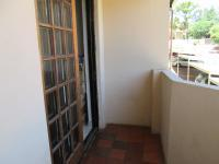 Patio - 6 square meters of property in Ferndale - JHB