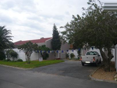 3 Bedroom House for Sale For Sale in Gordons Bay - Home Sell - MR12246