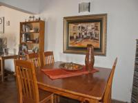 Dining Room of property in Faerie Glen