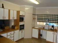 Kitchen - 16 square meters