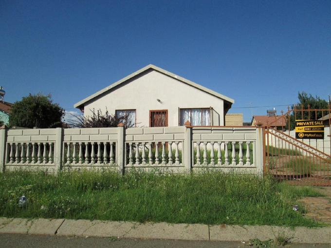 House for Sale For Sale in Lenasia South - Private Sale - MR122534