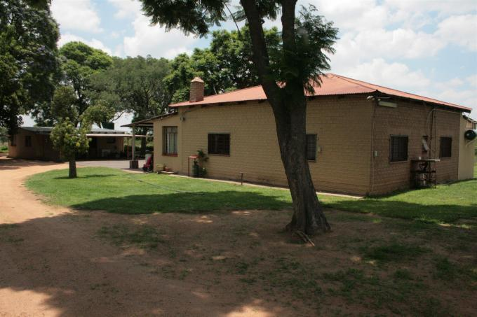 Smallholding for Sale For Sale in Pretoria Rural - Home Sell - MR122547
