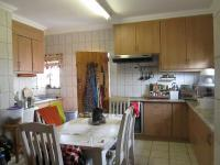 Kitchen - 51 square meters of property in Casseldale