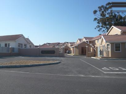 2 Bedroom Simplex for Sale For Sale in Brackenfell - Home Sell - MR12257