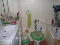 Bathroom 1 - 2 square meters of property in Goodwood