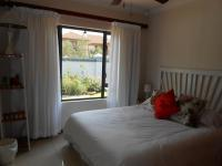 Bed Room 1 - 11 square meters of property in Meyerton