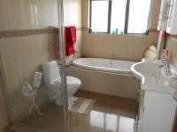 Bathroom 1 - 7 square meters of property in Meyerton