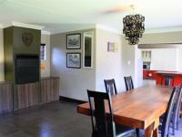 Dining Room - 19 square meters of property in Glenmarais (Glen Marais)