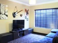 TV Room - 46 square meters of property in Glenmarais (Glen Marais)