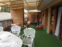 Patio - 107 square meters of property in Boksburg