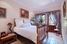 Bed Room 3 - 17 square meters of property in Woodhill Golf Estate